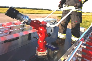 Manually controlled water turret - Rosenbauer