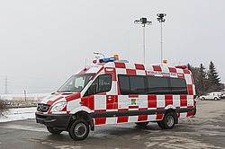 Command vehicle for ARFF fire fighting - Rosenbauer