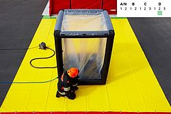 Decontamination equipment for compact shower - Rosenbauer