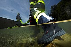 Firefighter boots largely waterproof - Rosenbauer