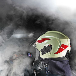 Helmet-mounted thermal imaging camera for HEROS-titan