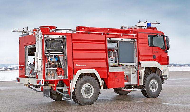 Rosenbauer BUFFALO   Airport fire pumper - Rosenbauer