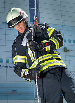 Fire protection clothing with integrated rescue system - Rosenbauer