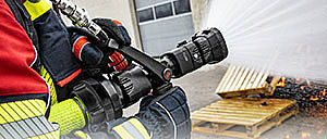 Firefighting equipment for extinguishing - Rosenbauer