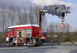 Airport rescue truck in use - Rosenbauer