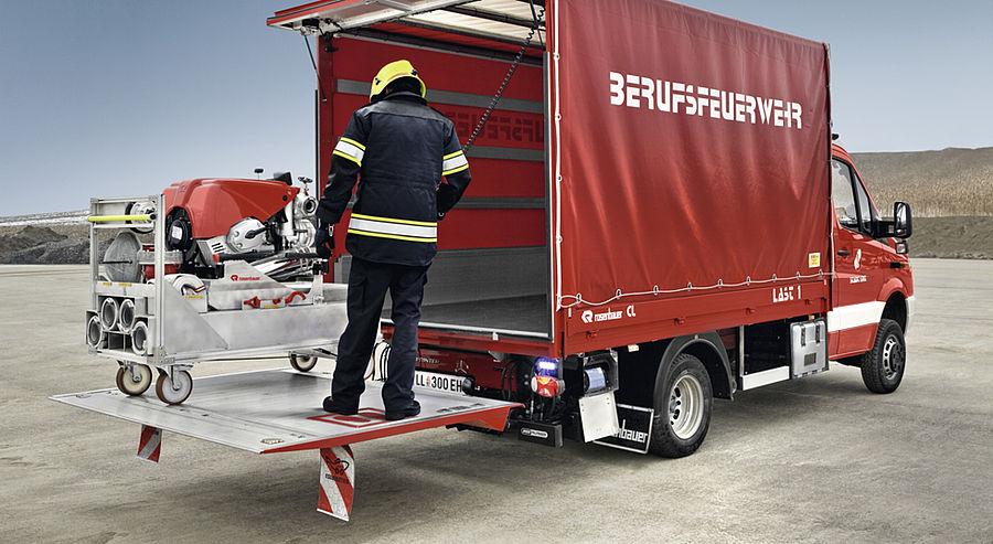 small fire trucks \u0026 rescue vehicle light pumper cl rosenbauer