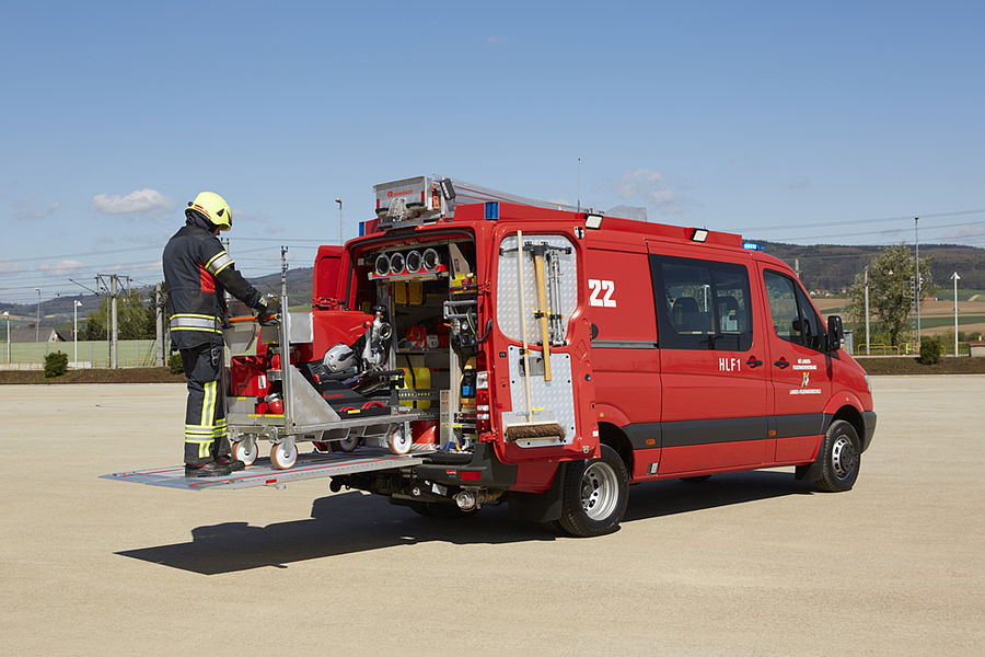 small fire trucks \u0026 rescue vehicle light pumper cl rosenbauercl panel van (hlf 1 lower austria)