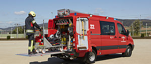 Fire fighting with CL series - Rosenbauer