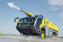 Roof water turret with ChemCore nozzle - Rosenbauer