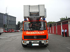 Ladder fire truck before renovation - Rosenbauer