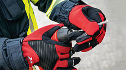 GLOROS T1: gloves for technical rescue operations