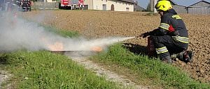 Fire fighter equipment to extinguish - Rosenbauer