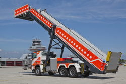 Escape stairs truck E8000 side view - Rosenbauer