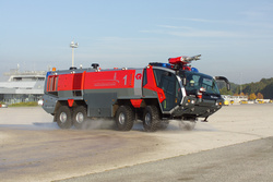 ARFF vehicle PANHTER in action - Rosenbauer