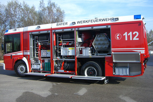 Fire tender without water or foam - Rosenbauer