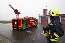Roll-off container for firefighting equipment - Rosenbauer