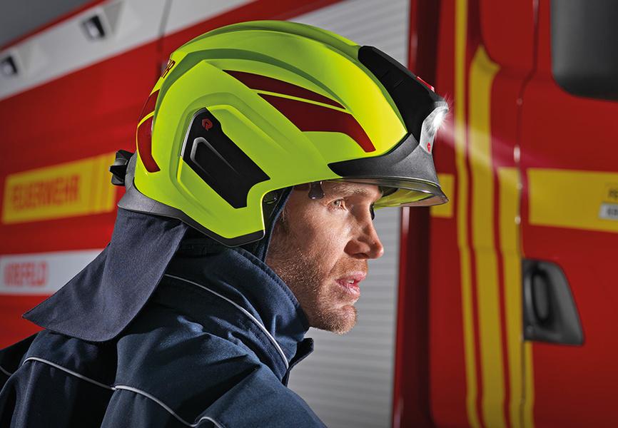 Helmet mounted camera