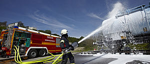 Firefighting operations with CBS - Rosenbauer