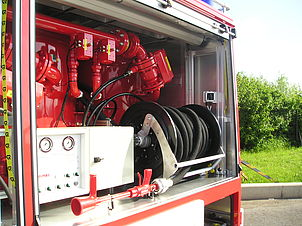 Dry powder unit fire truck - Rosenbauer