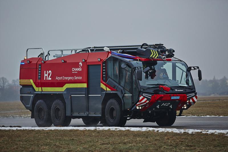 Modern fire fighting vehicles | Rosenbauer PANTHER - Rosenbauer
